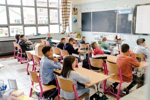 Les écoles francophones pourraient suspendre les cours pour les festivités locales