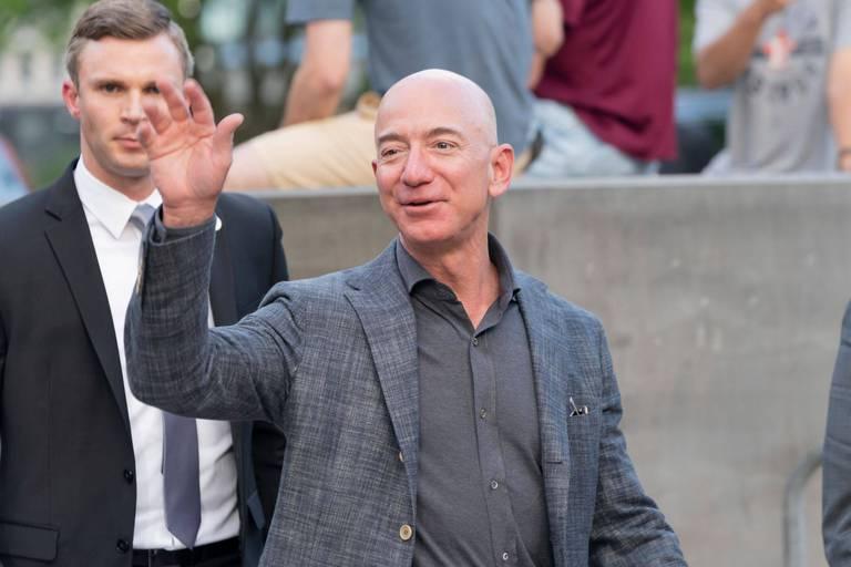 Jeff Bezos offre 2 milliards de dollars à la Nasa pour aller sur la Lune en 2024