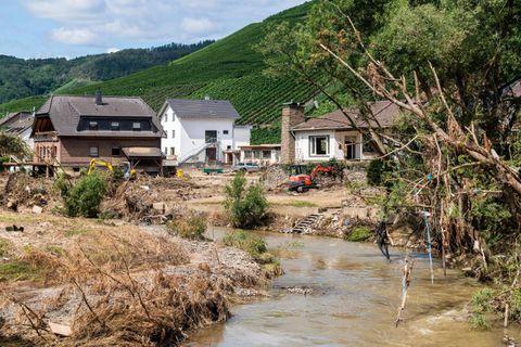 """Allemagne: enquête ouverte pour soupçons """"d'avertissements tardifs"""" avant les inondations"""