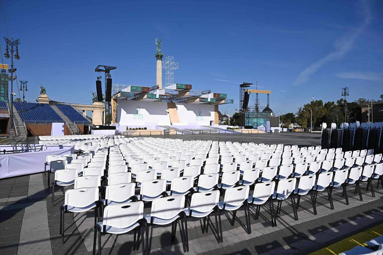 Hungary religion politics Pope Orban