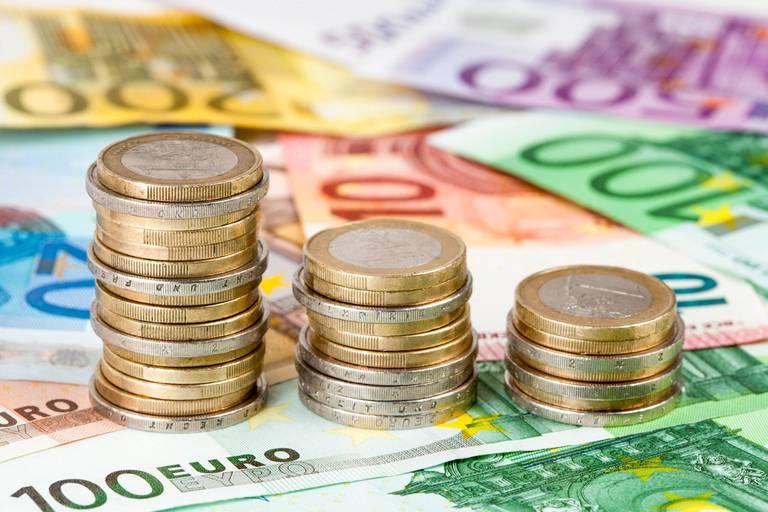 La Banque nationale de Belgique (BNB) invite les banques à vérifier l'origine des fonds rapatriés à l'occasion des régularisations fiscales précédentes et à faire une déclaration à la CTIF, qui lutte contre le blanchiment.