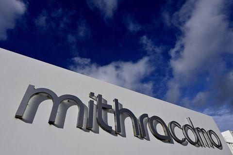 Course pour un vaccin contre le Covid-19: La ministre de la Santé wallonne Christie Morreale (PS) était en visite sur le site de Mithra à Flémalle