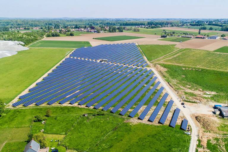 Pairi Daiza construit le plus grand parking photvoltaïque au monde