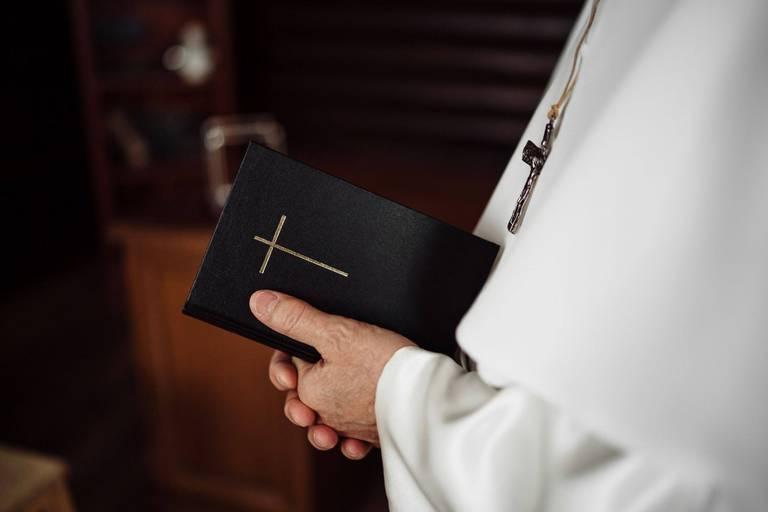 Quelle place pour les prêtres et les paroisses au sein de l'Église dans le futur?