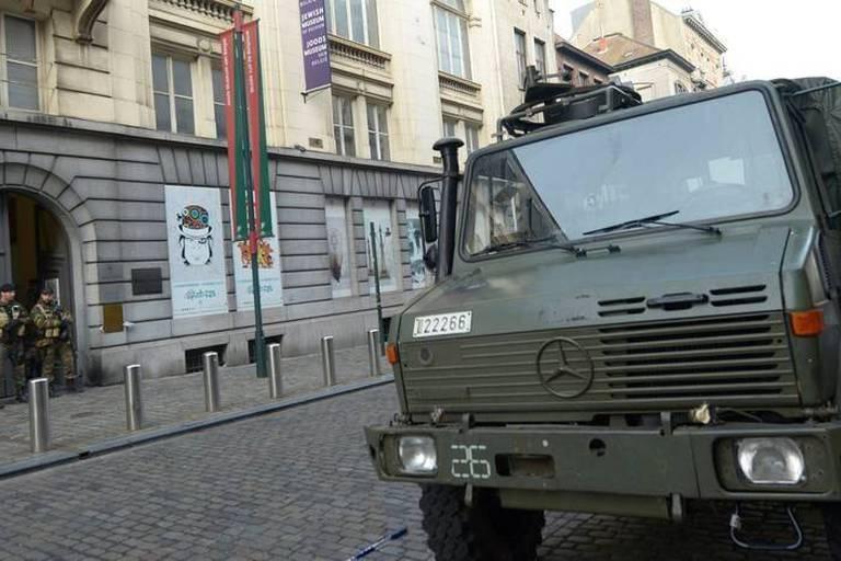Attentat du Musée juif: Nacer Bendrer demande sa libération