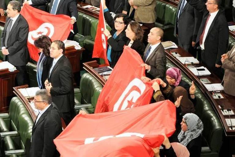 Tunisie: la Constituante a adopté la nouvelle Constitution