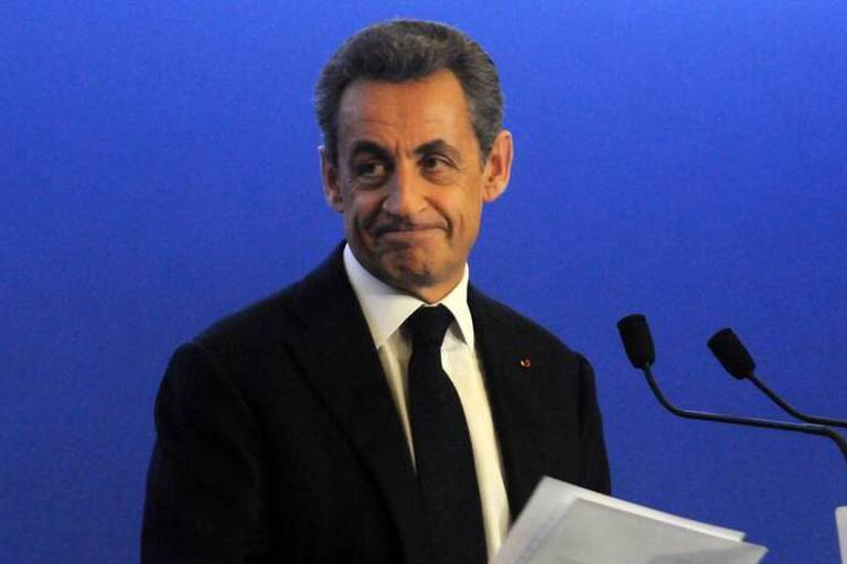 Sarkozy propose une taxe carbone sur les produits américains si Trump dénonce l'accord sur le climat