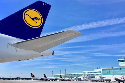 """Lufthansa voit fondre sa perte nette au deuxième trimestre : """"Pour le seul mois de juin, les réservations ont été multipliées par deux"""""""