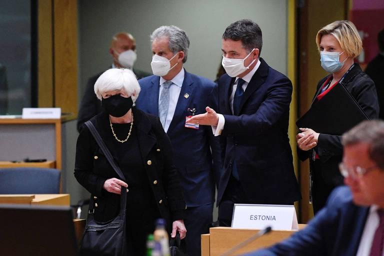 Janet Yellen, la secrétaire américaine au Trésor, a été accueillie par Paschal Donohoe, le président de l'Eurogroupe.