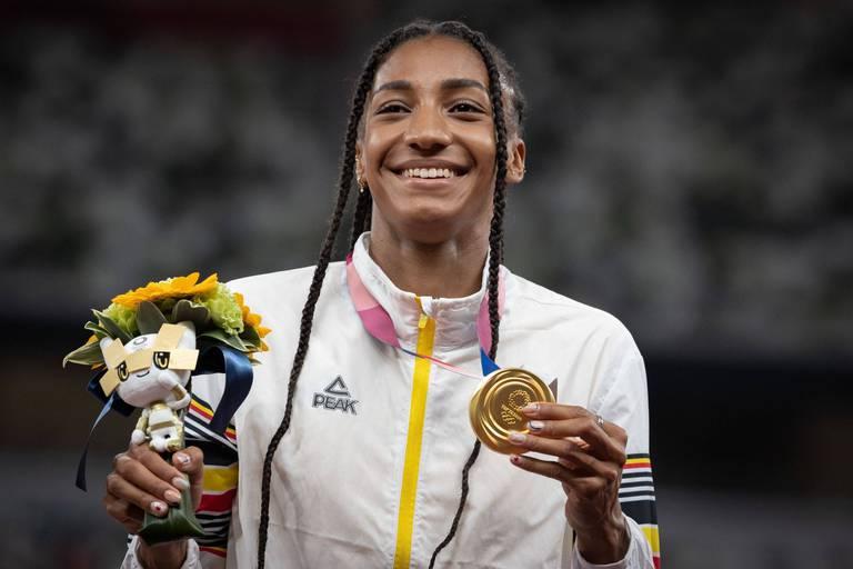 """""""Les marques qui souhaitent entamer une collaboration avec Nafi Thiam doivent être conscientes qu'elle fait partie des meilleures athlètes du monde"""""""