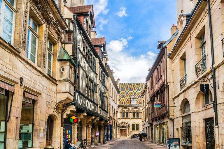 """L'""""ONU du vin"""" bientôt à Dijon ?"""