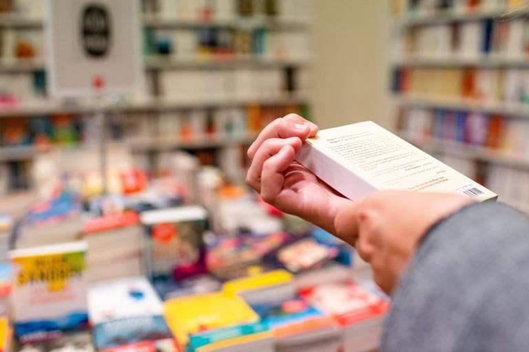 Namur - Librairie - illustration - livre - litterature - lecture