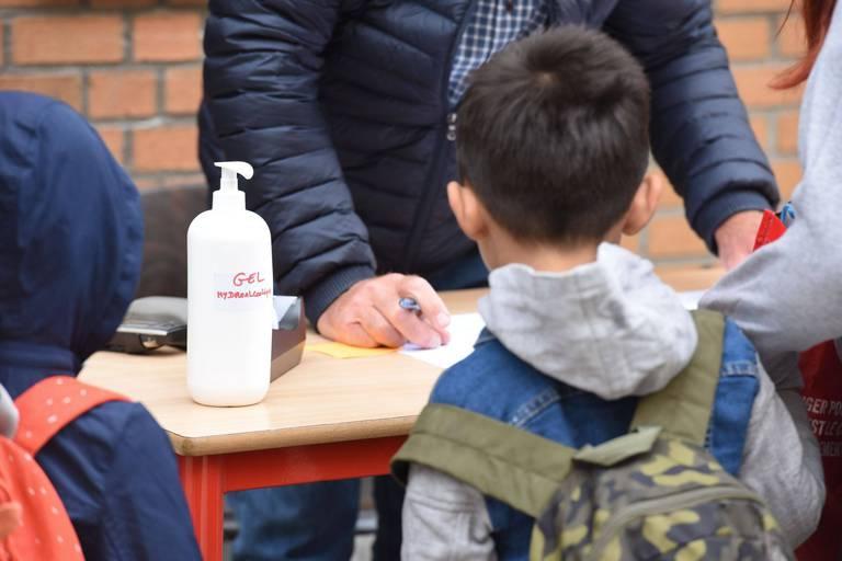 Pour contrer ses mauvais chiffres, Bruxelles va vacciner dans les écoles, les lieux de culte et les entreprises dès septembre