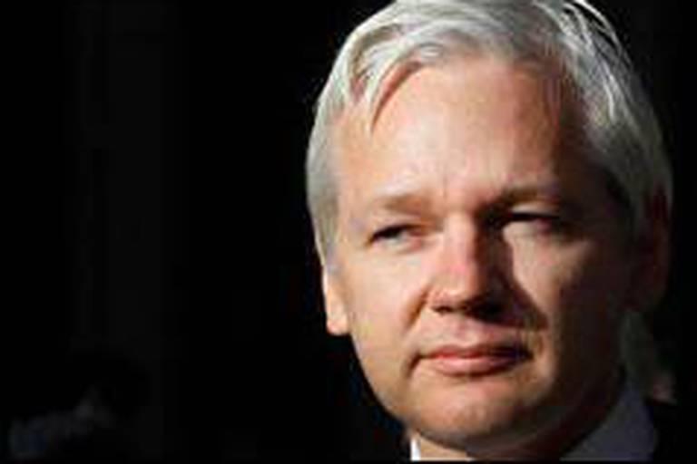 WikiLeaks publie des millions de courriels de Stratfor