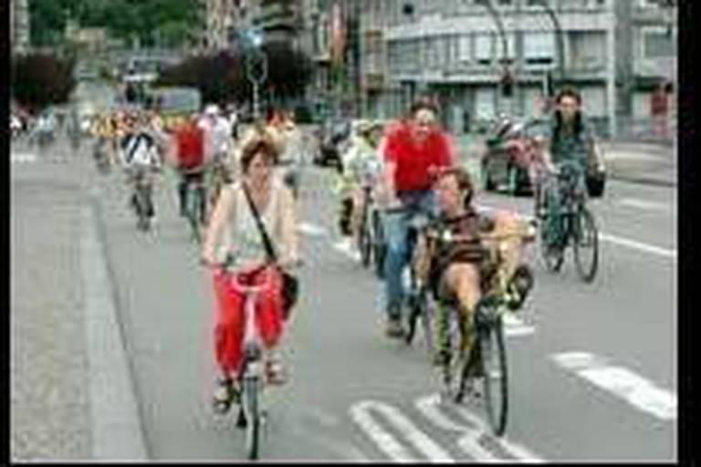 Manifestation à vélo pour le pouvoir d'achat
