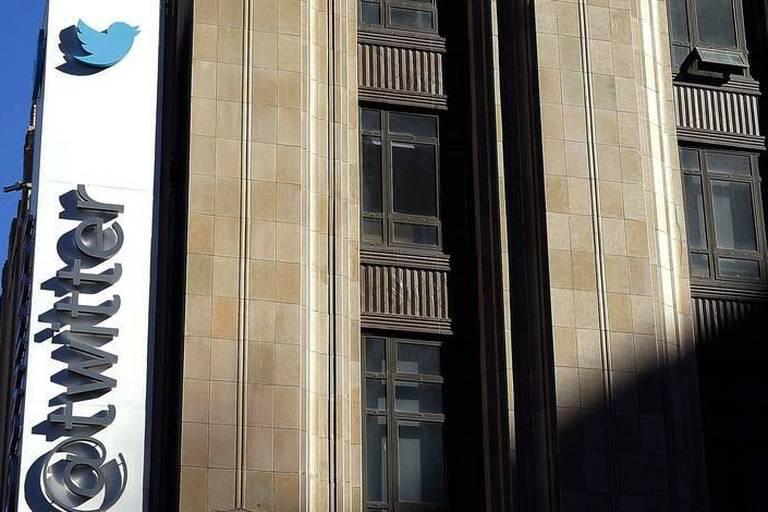 """Piratage massif de comptes Twitter: un message """"Allemagne et Pays-Bas nazis"""" affiché"""