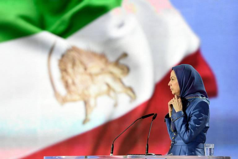"""Iran: l'opposition en exil salue le """"boycottage"""" de la présidentielle"""