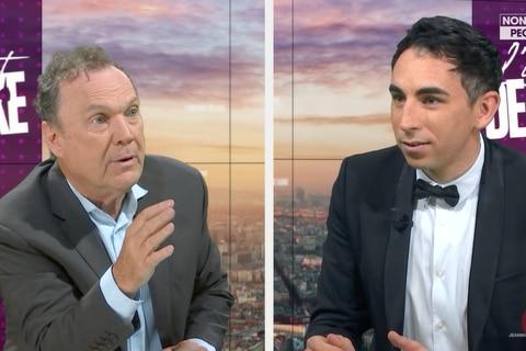 """""""Je ne suis pas masochiste"""": énervé, Julien Lepers quitte un plateau lorsqu'il évoque """"Questions pour un champion"""" (VIDEO)"""