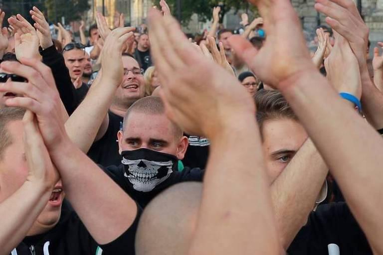 """Référendum antiréfugiés: Orbán en appelle à la nation de la """"grande Hongrie"""""""
