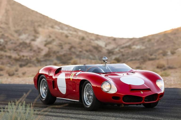 L'une d'elles est une Ferrari 268 SP carrossée par l'ingénieur Medardo Fantuzzi.