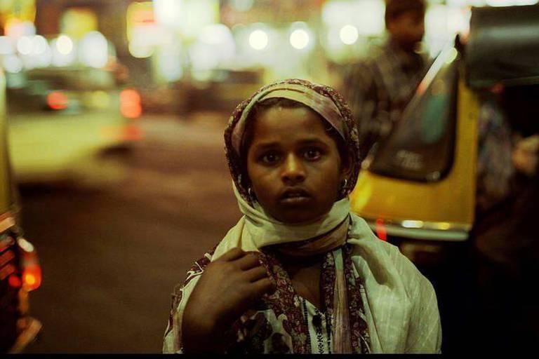 Young girl begging in the streets of Pune city centre, Maharashtra, November 2004. (Bildtechnik: sRGB, 20.82 MByte vorhanden) Reporters / Laif *** Local Caption *** 02174030