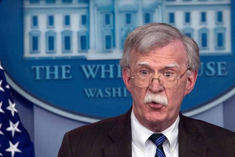 """Le plus haut conseiller de Trump n'a pas écouté l'enregistrement du meurtre de Khashoggi car """"il ne parle pas arabe"""""""