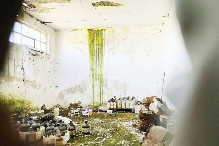 """Ces déchets toxiques qui empoisonnent la Serbie : """"J'ai peur qu'un petit Beyrouth ne survienne ici"""""""