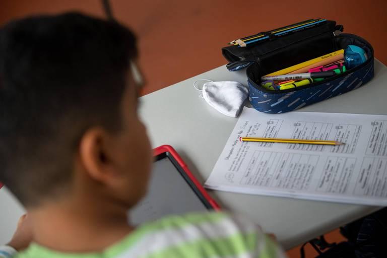 Sept semaines de cours, deux semaines de congé: les lobbys de l'école veulent toujours réformer le rythme scolaire, la ministre y est favorable