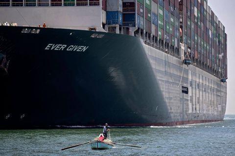 Le porte-conteneurs Ever Given arrivera jeudi à Rotterdam