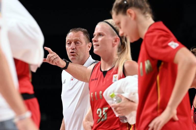 """Philip Mestdagh, coach des Belgian Cats, après les propos dénigrants sur les joueuses : """"Une démission, c'est très sévère"""""""