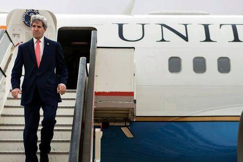 Nucléaire: l'Iran réplique aux options militaires de Kerry