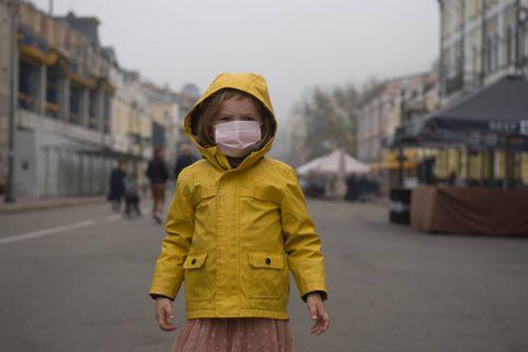 """Coronavirus, comment bien aborder le sujet avec les enfants: """"Il faut leur dire la vérité"""""""