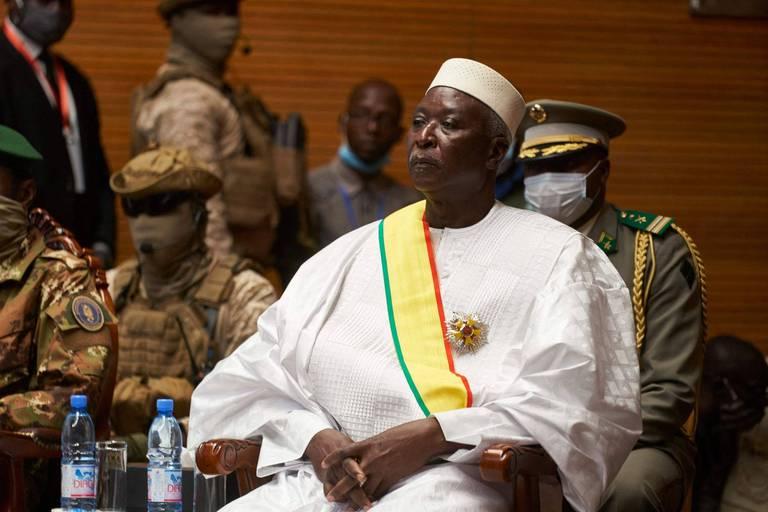 Coup d'Etat au Mali: le président et le Premier ministre de transition libérés