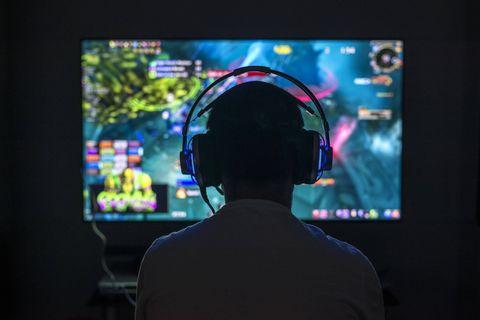 Stopper la quête du profit et lutter contre l'addiction : les nouvelles contraintes imposées par la Chine font chuter les géants des jeux vidéo