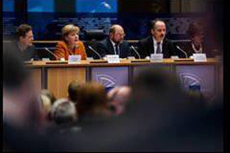 Angela Merkel apporte son soutien au Royaume-Uni