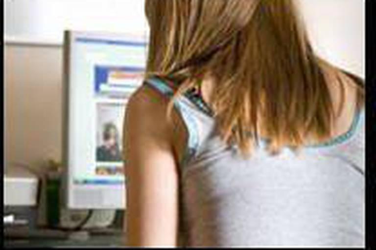 Le temps passé en ligne fait mûrir les jeunes