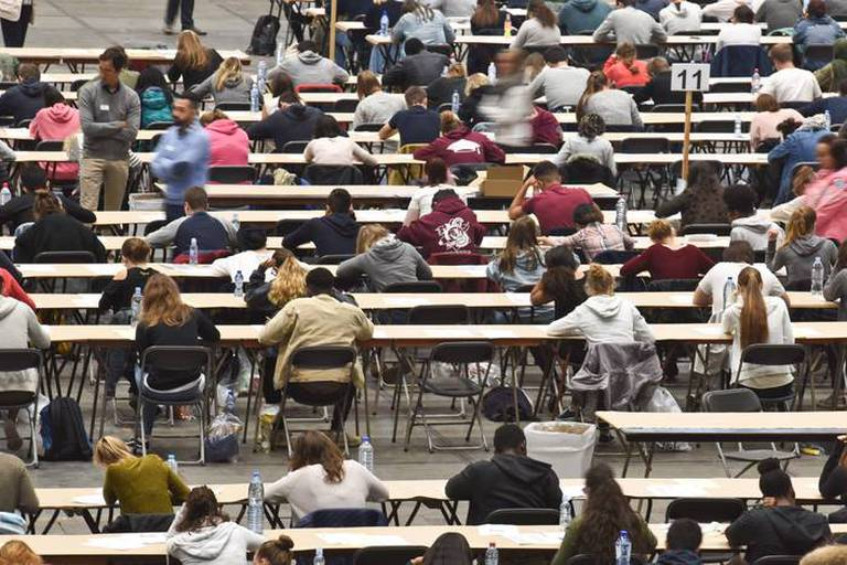 99 étudiants en médecine et dentisterie repêchés en Flandre après un erreur dans l'examen d'entrée