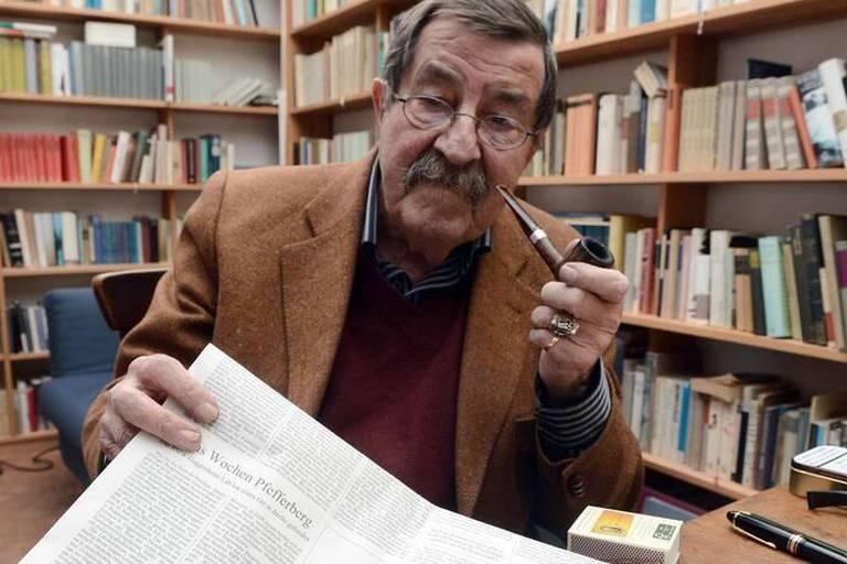 L'Allemand Günter Grass jette l'encre