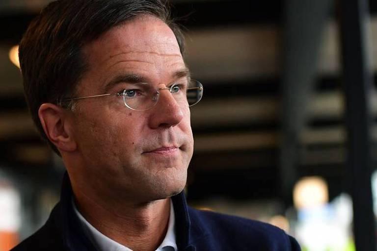 """Crise entre la Turquie et les Pays-Bas: Mark Rutte veut """"une désescalade"""" avec la Turquie"""