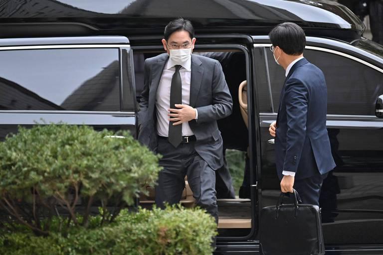Lee Jae-yong a été condamné à une peine de prison de deux ans et demi à la suite d'un scandale de corruption.