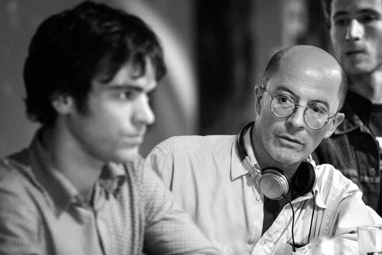 """Romain Duris et Audiard sur le tournage du film """"De battre mon cœur s'est arrêté""""."""