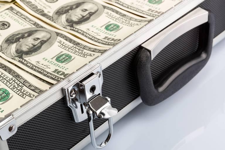 Il n'y a jamais eu autant de billets de 100 $ dans le monde