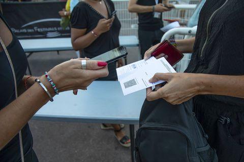 France, Danemark, Italie... Le pass sanitaire gagne du terrain en Europe