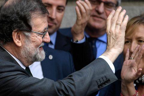 """""""Les Espagnols très espagnols"""": les internautes saluent Rajoy... et ses lapsus"""
