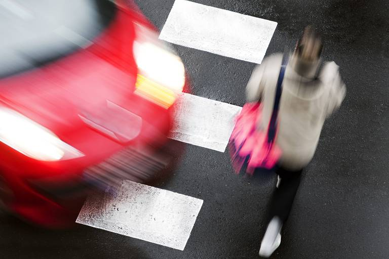 Crosswalk,Of,Street,City,With,People,In,Dangerous,Situation