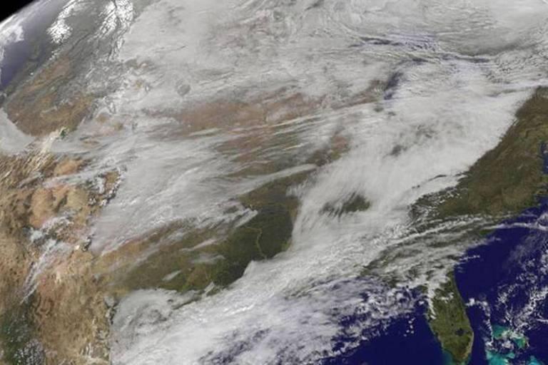 2014-28E, le satellite russe qui ravive le spectre de la Guerre froide