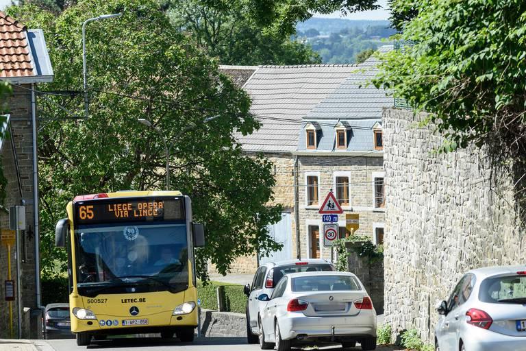 Les transports en commun ne sont pas assez efficaces, estiment les Belges