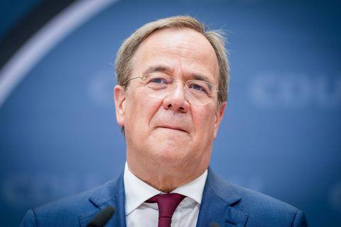 """Retrait d'Afghanistan : la """"plus grosse débâcle de l'Otan depuis sa création"""", pour le dirigeant du parti conservateur allemand"""