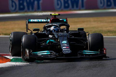 Valtteri Bottas remporte la course sprint du GP d'Italie devant Verstappen et Ricciardo