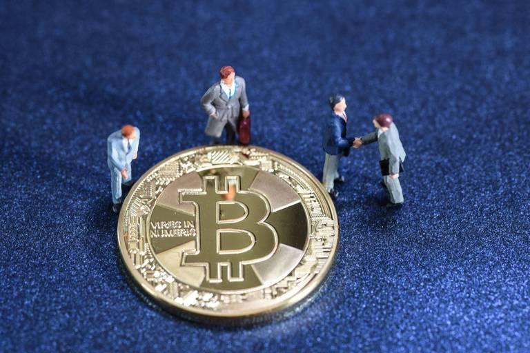 """Guerre des monnaies dans la cryptosphère: """"Le dollar a colonisé les cryptomonnaies en quelques années"""""""